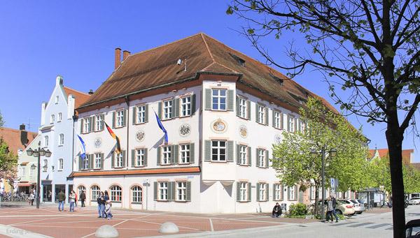 Nutzung städtischer Flächen für Einzelhandel und Gewerbe in der Innenstadt von Erding